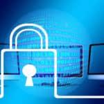 Quel est le rapport entre un nom de domaine et le DNS ?