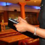 Hôtesse d'accueil : un métier porteur et un secteur qui recrute