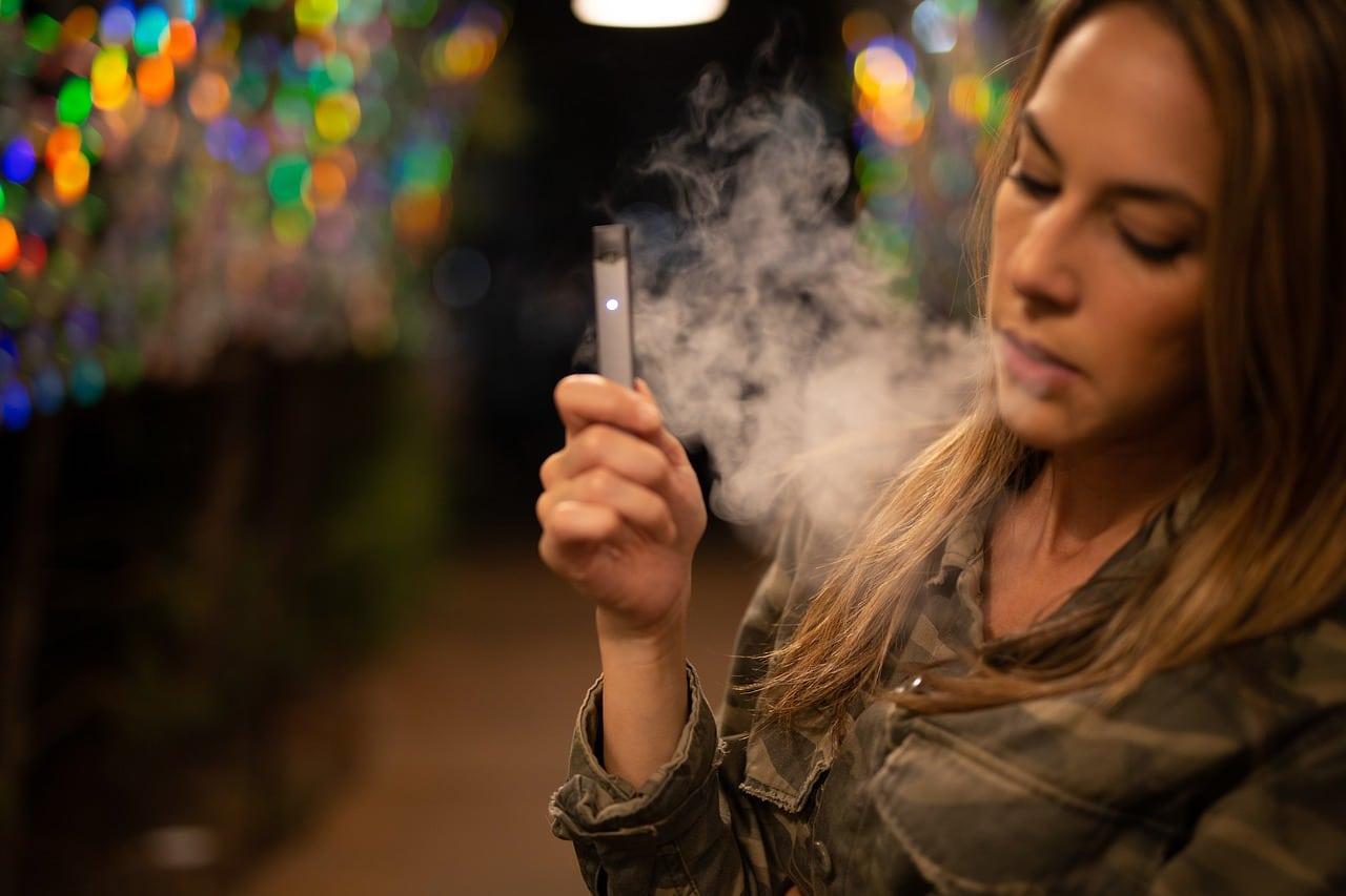 cigarette électronique dépendance jeunes