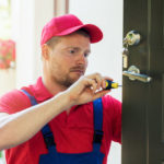 Quelles sont les avantages de demander les services d'un serrurier?