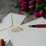 Le faire-part de mariage: un incontournable pour une cérémonie réussie